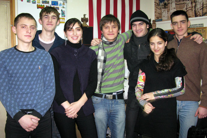 At Terra Nova. From left to right: Tudor Pleşca, Ignat Calaşnic, Maria Şveţ, Alexandru Vornicescu, Sandu Miron, Mariana Raţa, Ştefan Coşciug. TOEFL Preparation / Section 6 (Sat.Sun. Morning Group). December 2009.