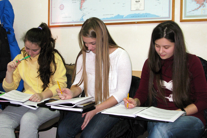 At Terra Nova. From left to right: Margarita Jemna, Elisaveta Ostapenco, and Lavinia Abuzan. TOEFL Preparation / Section 6 (Sat.Sun. Afternoon Group). December 2012.