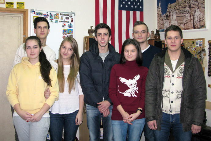At Terra Nova. From left to right: Margarita Jemna, Nichita Vacari, Elisaveta Ostapenco, Gabriel Carauş, Lavinia Abuzan, Alexandru Savov, and Iulian Buzilă. TOEFL Preparation / Section 6 (Sat.Sun. Afternoon Group). December 2012.