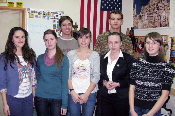 At Terra Nova. From left to right: Nicoleta Copaci, Cristina Hmelniţcaia, Roman Şcerban, Irina Soroca, Nicuşor Chiciuc, Ana-Maria Tecuci, and Livia Cebotari. TOEFL Preparation / Section 3 (Tu.Th. Afternoon Group). December 2012.